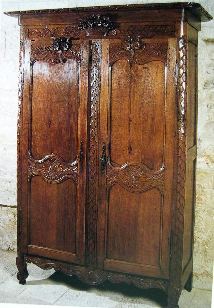 Une armoire normande d'exception