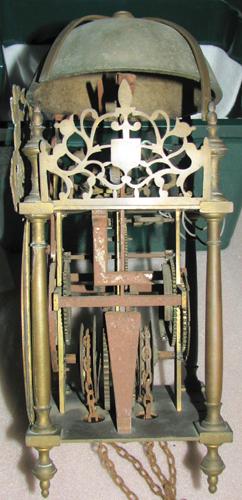 Mécanisme et sa cage en bronze