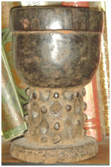 The patinas on the tribal pieces (1)